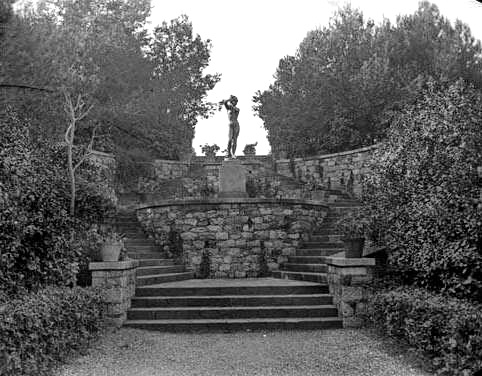 1916-1937 Escales_i_escultura_dels_jardins_del_parc_de_Montjuc. Flos i Gibernau, Frederic.1