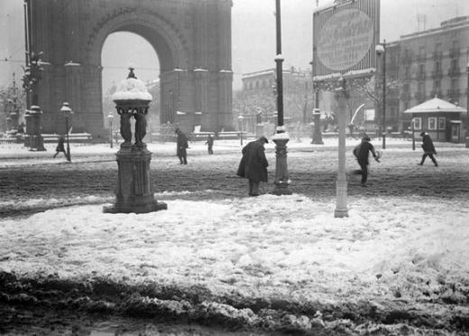 1924-wallace-arc-del-triomf-bert-i-claret-anc-reduida-mes