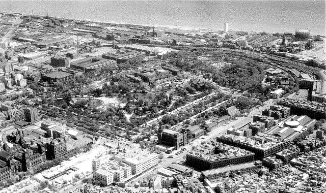 1967 Parc de la ciutadella i passeig Lluís Companys, amb les obres del pàrquing.1, 23 d_abril de 1967. Fons TAF. ANC