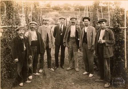 19170808 Jardineria. Jardiners1. Construcció Montjuïc