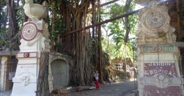 Entrada principal del Jardins de la Tropical. Imartge La Jiribilla. Cibercuba