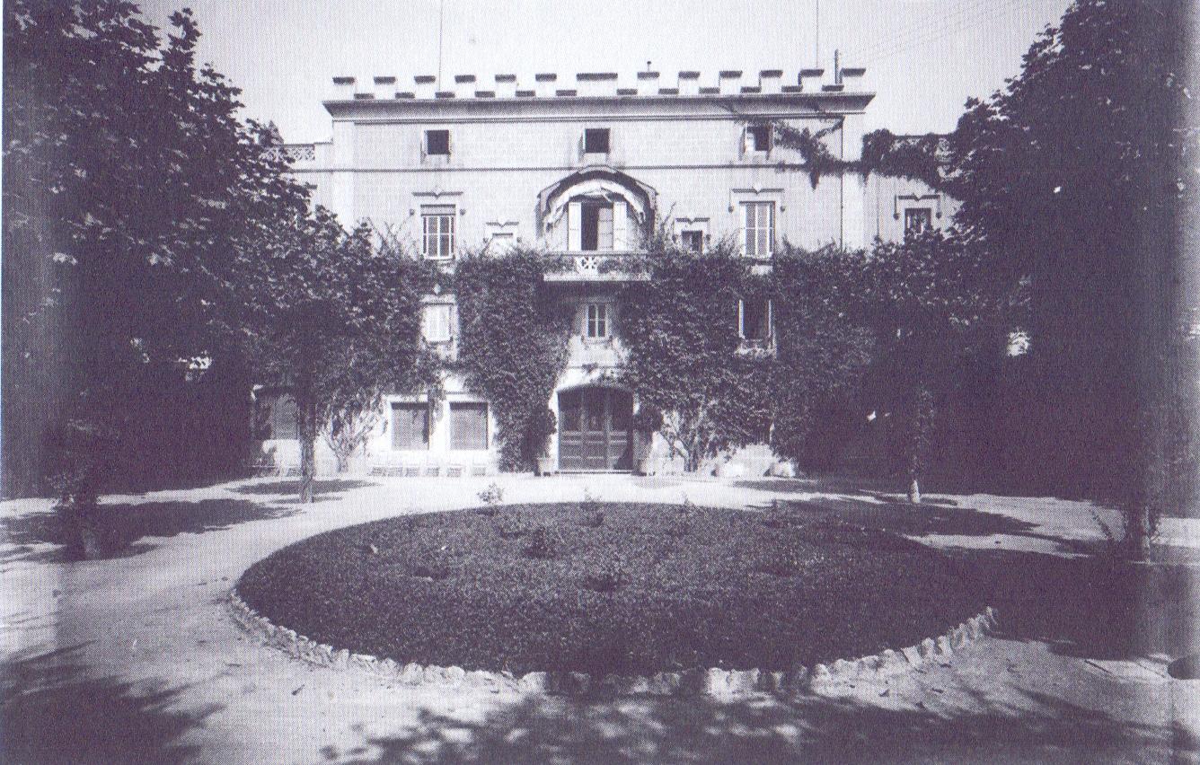 Casa dels Güell, antiga Casa Larrerd, c. 1910-1930. Autor desconegut. Col·lecció Roisin. IEFC