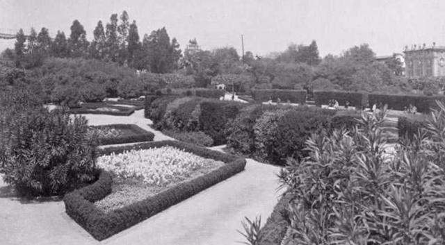 Parc de la Ciutadella 1920-1930 ANC FONS ANC1-585 Josep M. de Sagarra. ANC1-585-N-13084-fragment